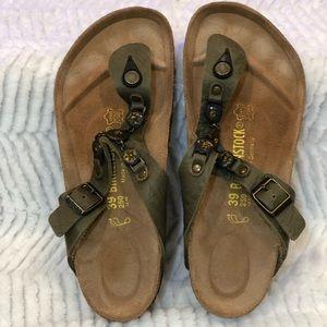 Birkenstock Gizeh jeweled shoe size 8